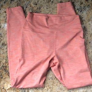 OV Freeform leggings 7/8 size small